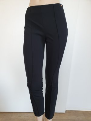 Escada Stretch Trousers black