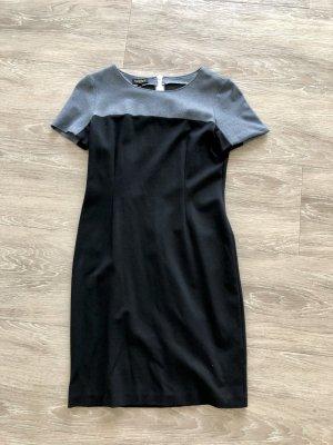 Escada Jersey Kleid, blau. Größe 36.