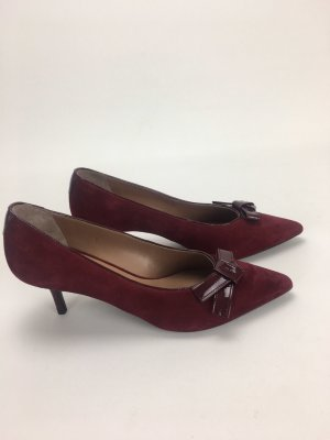 Escada Pointed Toe Pumps carmine leather