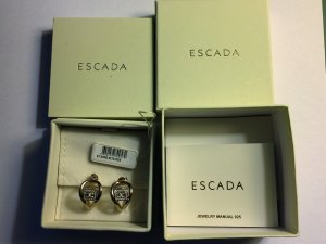 Escada Zarcillo color oro metal