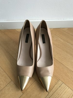 Escada Pumps mit Goldspitze