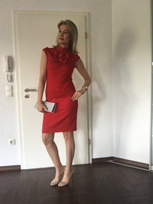 Escada Midi Skirt red