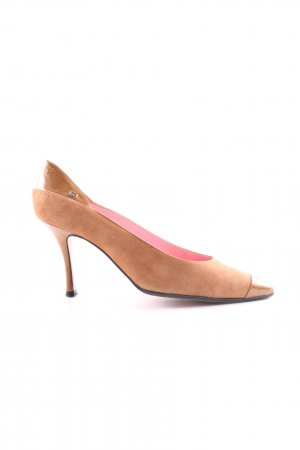 Escada Pointed Toe Pumps brown business style