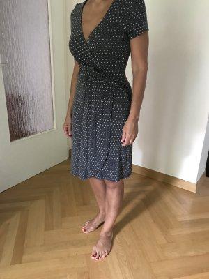 Escada Sport, elastisches Viscose-Elastan-Kleid, grau mit weißen Pünktchen