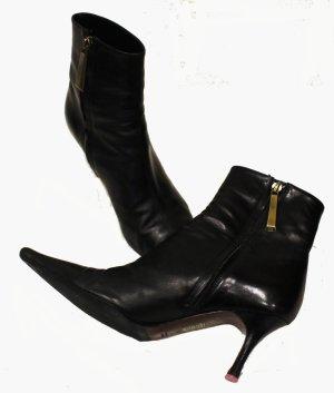 Escada Zipper Booties black leather