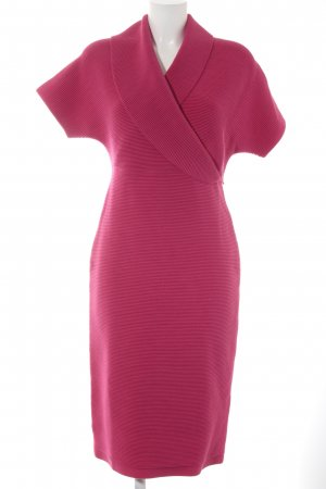 Escada Strickkleid magenta extravaganter Stil