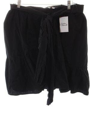Escada Falda cruzada negro estilo clásico