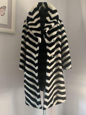 Escada Manteau de fourrure blanc-noir
