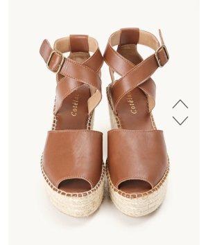 Sandalo alto con plateau marrone-crema