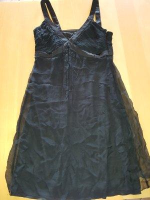 Esprit Abendkleid in schwarz