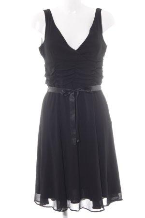 Esprit Abendkleid schwarz klassischer Stil