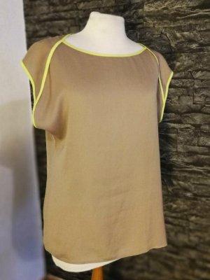 ESPRIT beiges T-Shirt in Seidenoptik