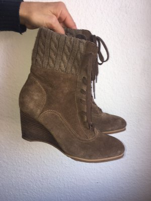 Esprit Lace-up Booties grey brown