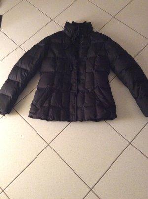 Esprit Daunenjacke Gr.40 schwarz mit Kapuze