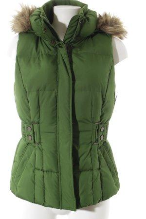 Esprit Daunenweste grün Street-Fashion-Look