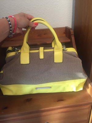 Esprit Handtasche im fehlerfreien Zustand