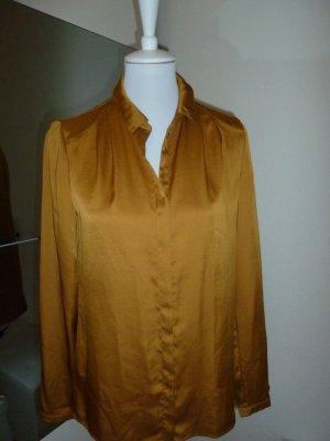 Esprit Hemd in eine shoene Farbe in Senf-Gold.