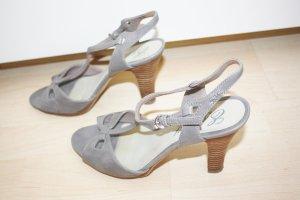 Esprit hohe Sandaletten Riemchen Größe 39 High Heel neuwertig