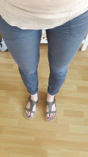 Esprit Lage taille broek lichtblauw-leigrijs