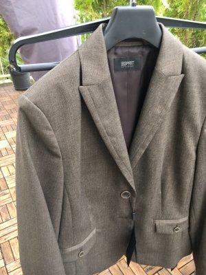 Esprit Traje de pantalón marrón grisáceo