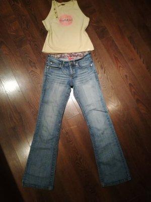 Esprit Jeans im Ibiza / Hippie Look