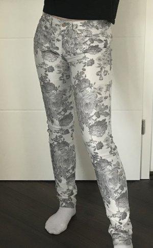 Esprit Jeans mit Blumenmuster
