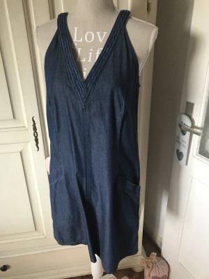 Esprit Jeanskleid mit Stickereien oben am Ausschnitt