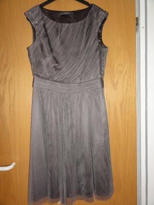 """Esprit"" Kleid aus fließendem Tüll"