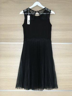 Esprit Kleid neu mit Etikett