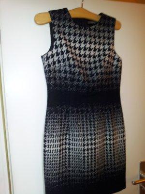 Esprit Kleid neu .und ungetragen..
