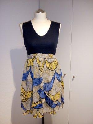 Esprit Kleid pfiffiges Muster