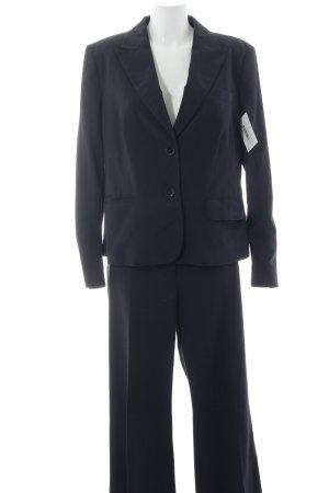 Esprit Tailleur bleu foncé style d'affaires