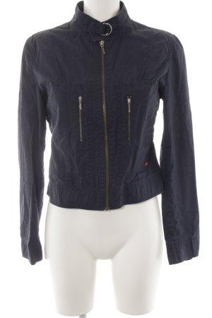 Esprit Kurzjacke dunkelblau Street-Fashion-Look