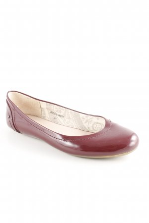 Esprit Patent Leather Ballerinas bordeaux beach look