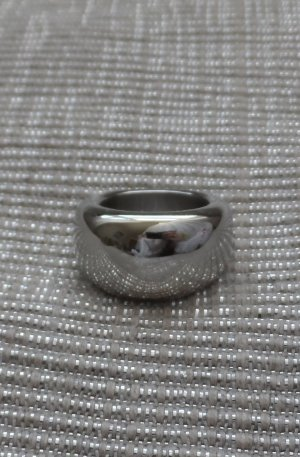 Esprit Ring Gr. 17 aus Edelstahl ESRG12426A nur 2 x getragen NP 49,90 €