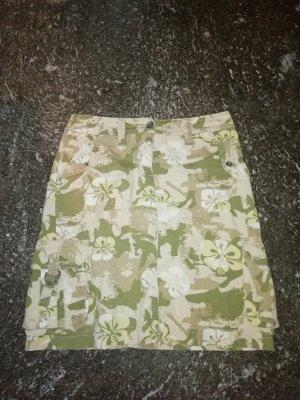 Esprit Rock khaki/beige/weiß mit Hawaii Blumen 34