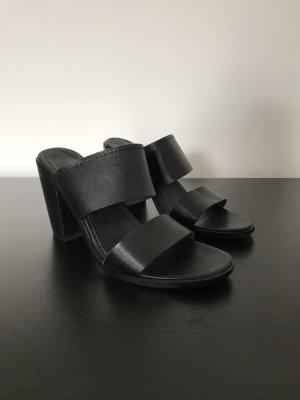Esprit Sandales à talons hauts et plateforme noir