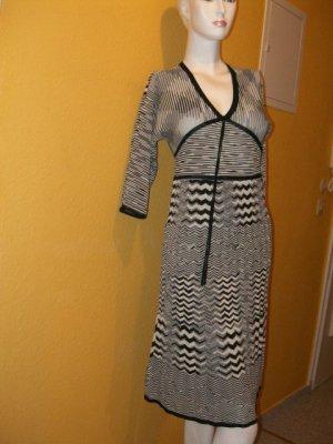 Esprit, schicke & elegante Kleid in Schwarz, Weiß Gr. S (36/38), Viscose