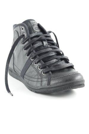Esprit Sneaker stringata nero stile casual