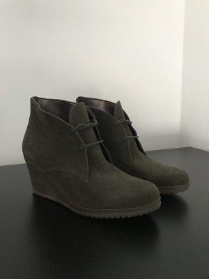 ESPRIT Schuhe Gr. 40 – Neu – Boots Plateau dunkelgrün – Wildleder