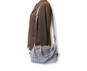 Esprit Schultertasche, Damentasche,Umhängetasche, edel, grau/weiß!