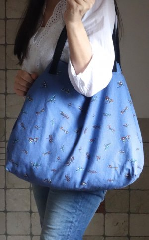 Esprit Shopper, Print, Libellen, Aufdruck, fester Stoff, Baumwolle, blau mit buntem Aufdruck, Print, schwarze Henkel, offen, 54 x 36 x 13 cm