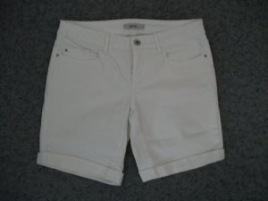 ESPRIT Shorts / kurze Hose, Gr. 28 (36), weiß