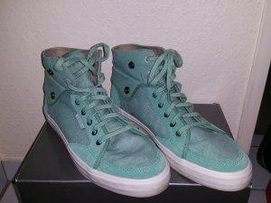 Esprit Sneaker in Mintgrün mit weißer Sohle