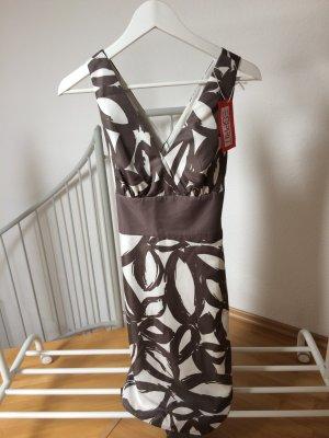 Esprit Sommerkleid mit floralen Muster