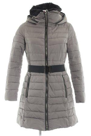 Esprit Gewatteerde jas grijs-bruin quilten patroon Logo applicatie (metaal)