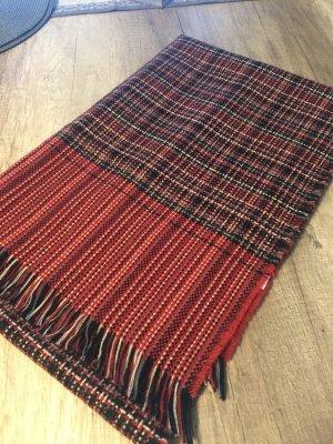 Esprit Strickschal mit warmem Rot