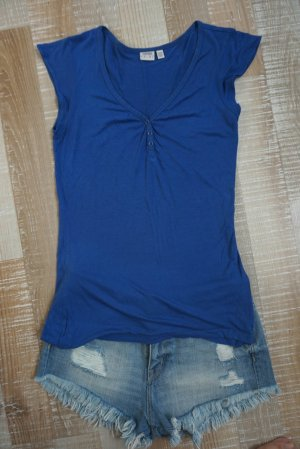 Esprit T-Shirt mit Knöpfchenausschnitt