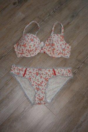 Esprit Unterwäsche Set creme mit Blumenmuster BH  85 B + Slip 40