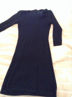 Esprit warme. Kleider in Schwarz